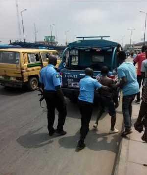 Notorious Lagos Pickpocket Meets His Waterloo in Ikorodu (Photos)